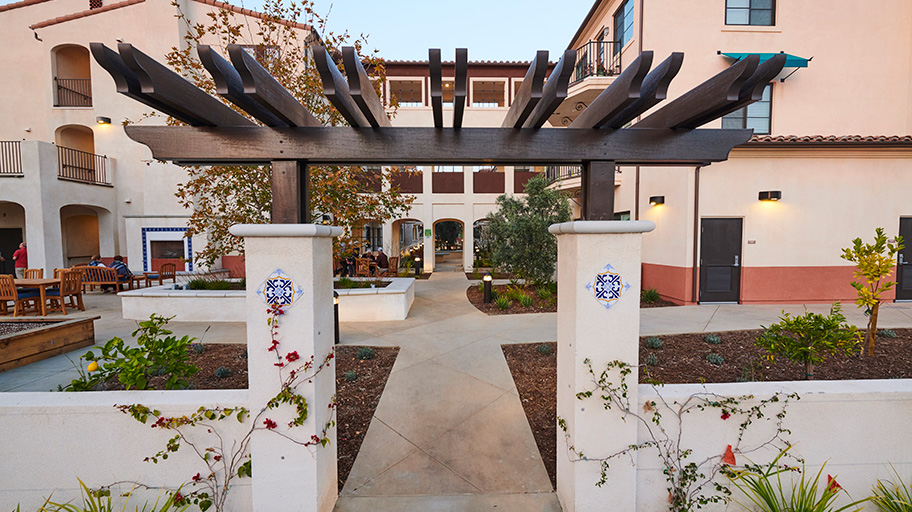 Vista Grande Court in Glendale, California